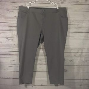 NWT Lane Bryant Cropped Ankle Jeans size 28